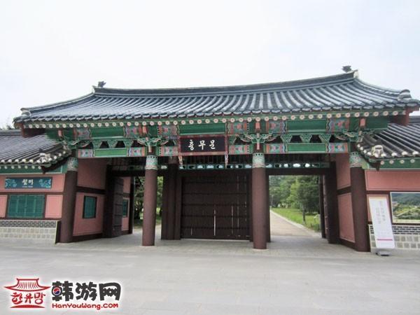 韩国忠清南道牙山市显宗祠5