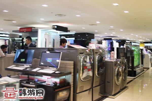 乐天百货店首尔总店8层4