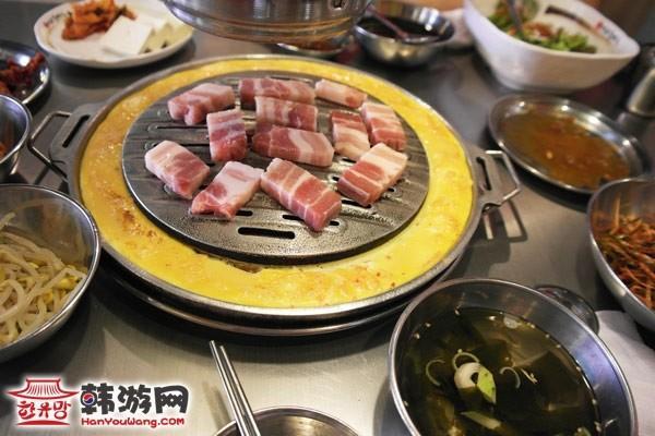 水原麻浦烤猪肉店_韩国美食_韩游网