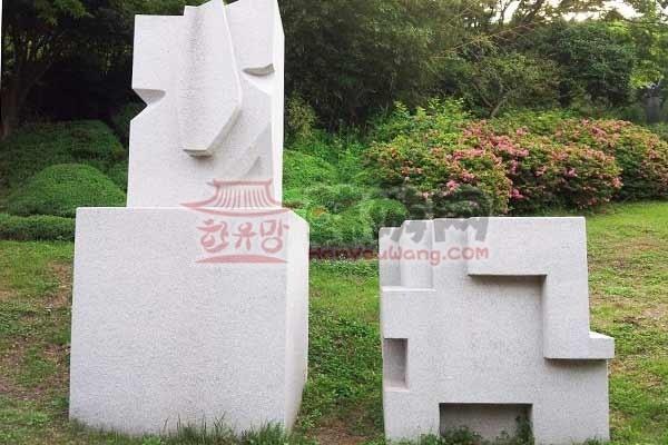 韩国木浦儒达山雕刻公园8
