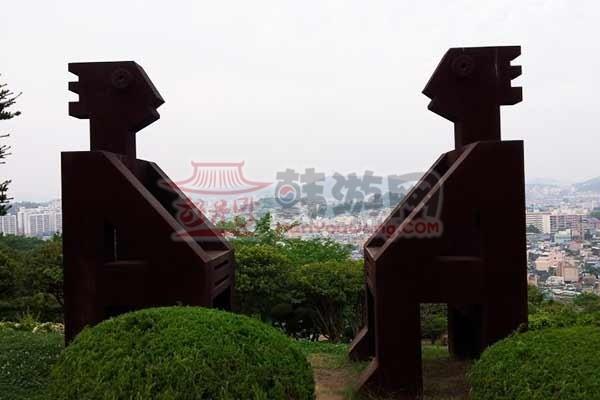 韩国木浦儒达山雕刻公园10