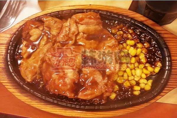 """韩国外大""""鸡博士""""鸡排饭""""料理店6"""