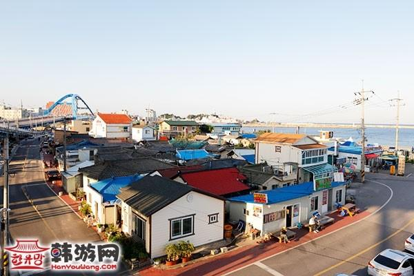 《蓝色生死恋》拍摄地Abai村_韩国景点_韩游网