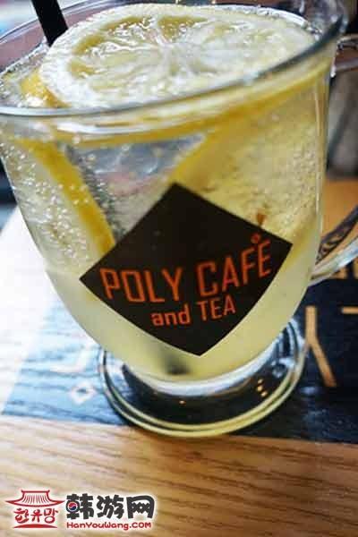 韩国弘大POLY CAFE and TEA咖啡甜品店10