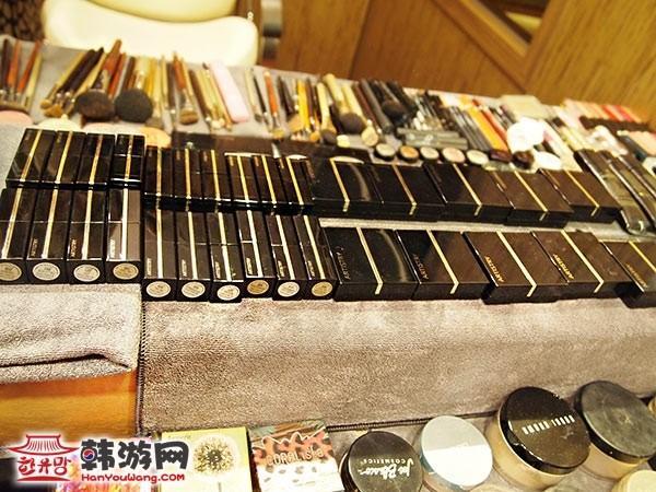 韩国朴浩准发型工作室10