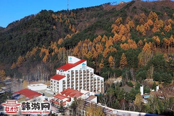 韩国龙平滑雪场15