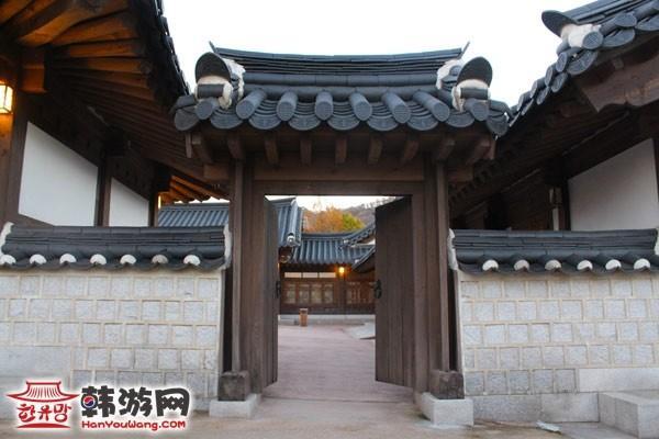 南山谷韩屋村7