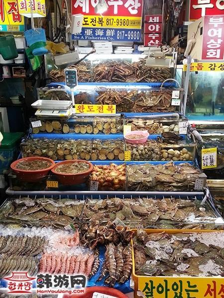 韩国鹭梁津水产市场