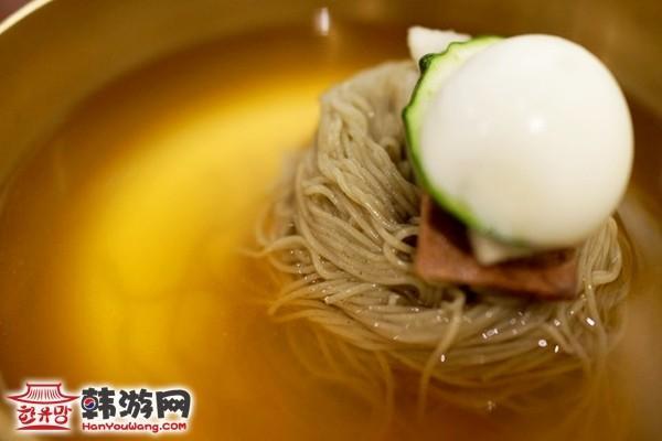 韩国美食新沙洞江西面屋8