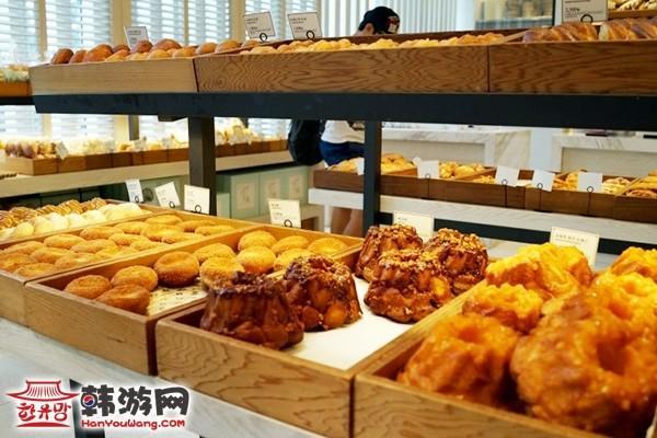 江南THE MENAGERIE面包咖啡坊