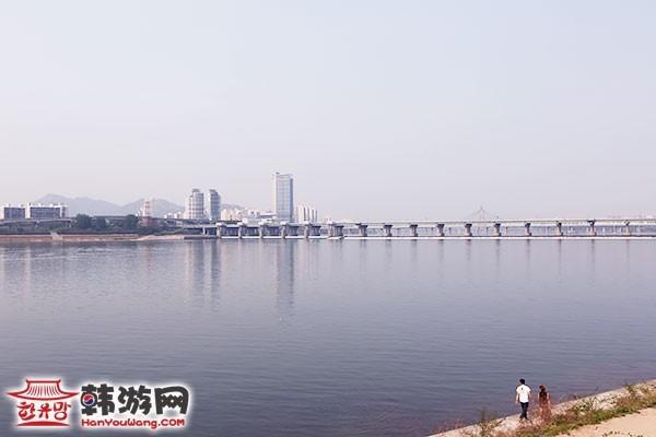 韩国E•LAND(依恋)汉江游览船24