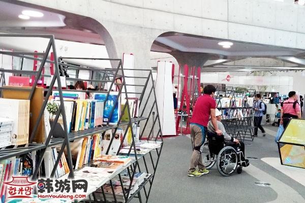 韩国东大门设计广场DDP09