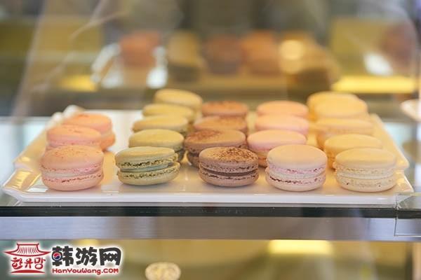 弘大CAFÉ COMMA咖啡屋_韩国美食_韩游网