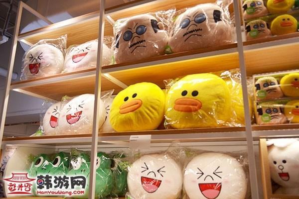 """明洞Line Friends Store""""连我""""人气周边店10"""