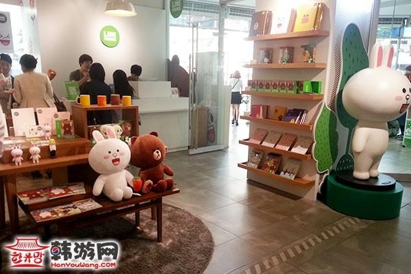 """明洞Line Friends Store""""连我""""人气周边店13"""