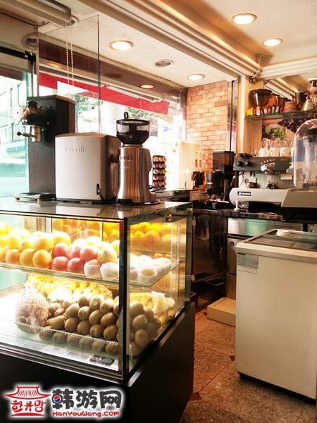 Coffee & Coffee特点