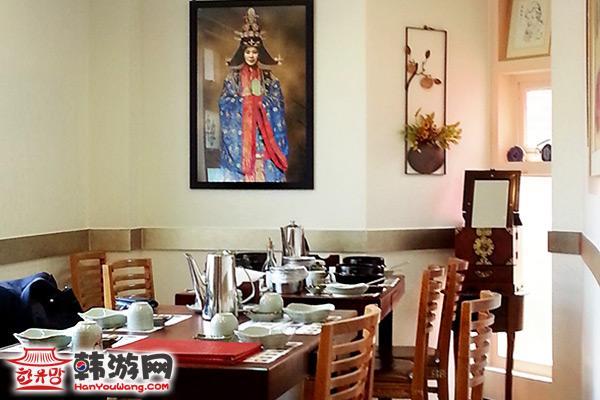 皇后名家参鸡汤美食店10