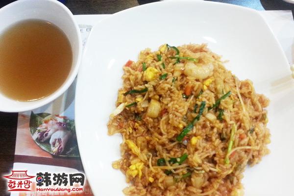 建大Phomons越南米线店美食五