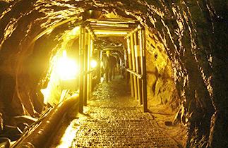 DMZ第三地道观光01