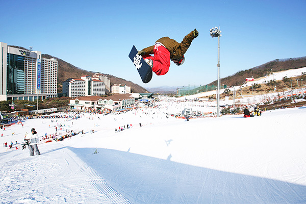 韩国滑雪旅游_韩国大明维瓦尔第滑雪场_韩国滑雪攻略-韩游网