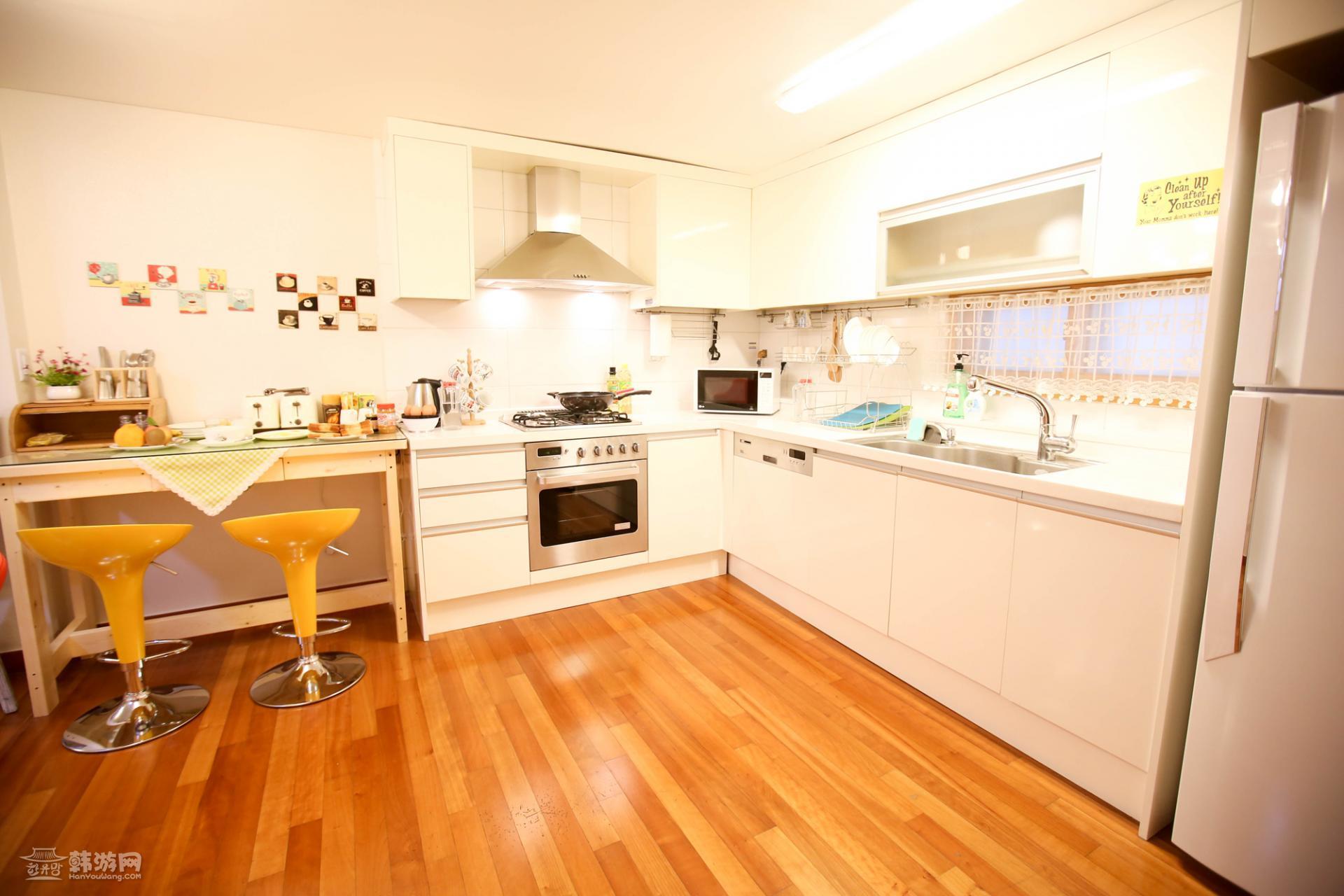 设计图分享 商品房4房设计图 > 民宿厨房设计图  民宿厨房设计图 宽70