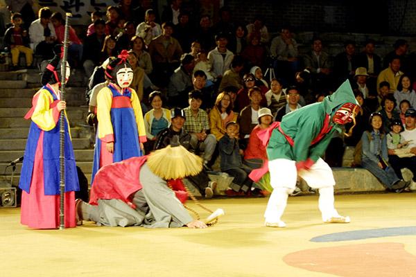 安东国际假面舞庆典2