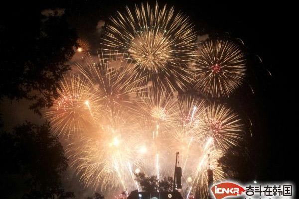 首尔世界烟花庆典1