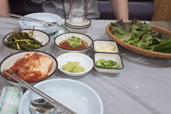 可乐市场内的海鲜饭店_韩国美食_韩游网