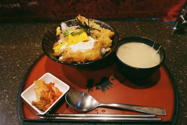 韩国首尔可以点单人套餐的美味餐厅六大推荐3