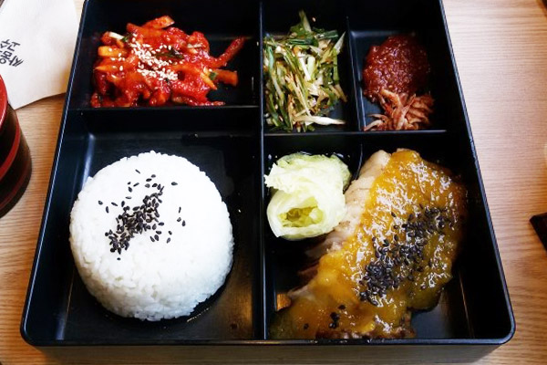 韩国首尔可以点单人套餐的美味餐厅六大推荐10