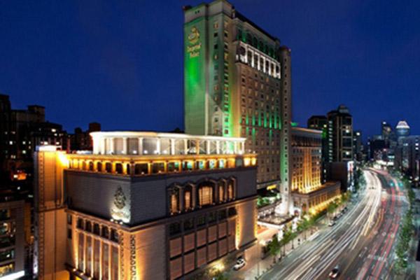 酒店大唐金碧辉煌装修风格完全是欧式的