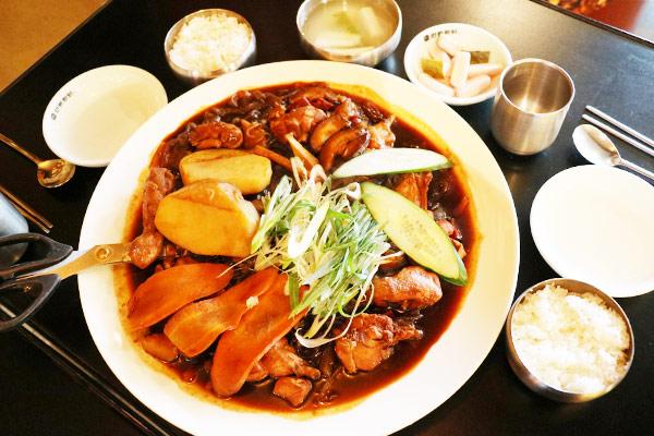 韩国新安东炖鸡6