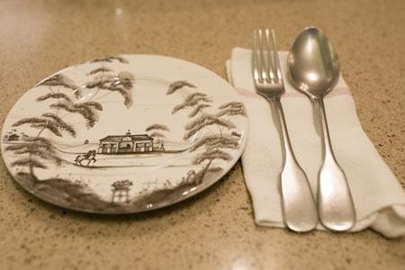 首尔梨泰院附近的maremma西式料理餐厅_韩国美食_韩游网