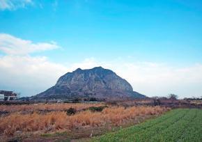 济州岛山房山