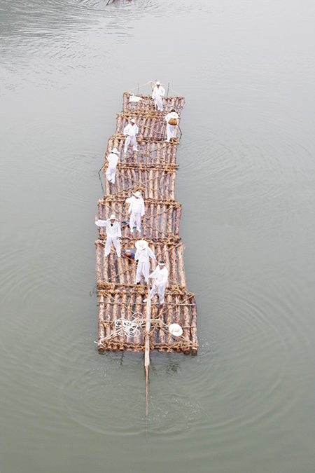 木筏4.jpg
