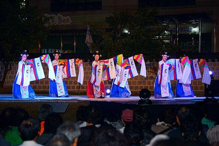 韩国传统日.jpg