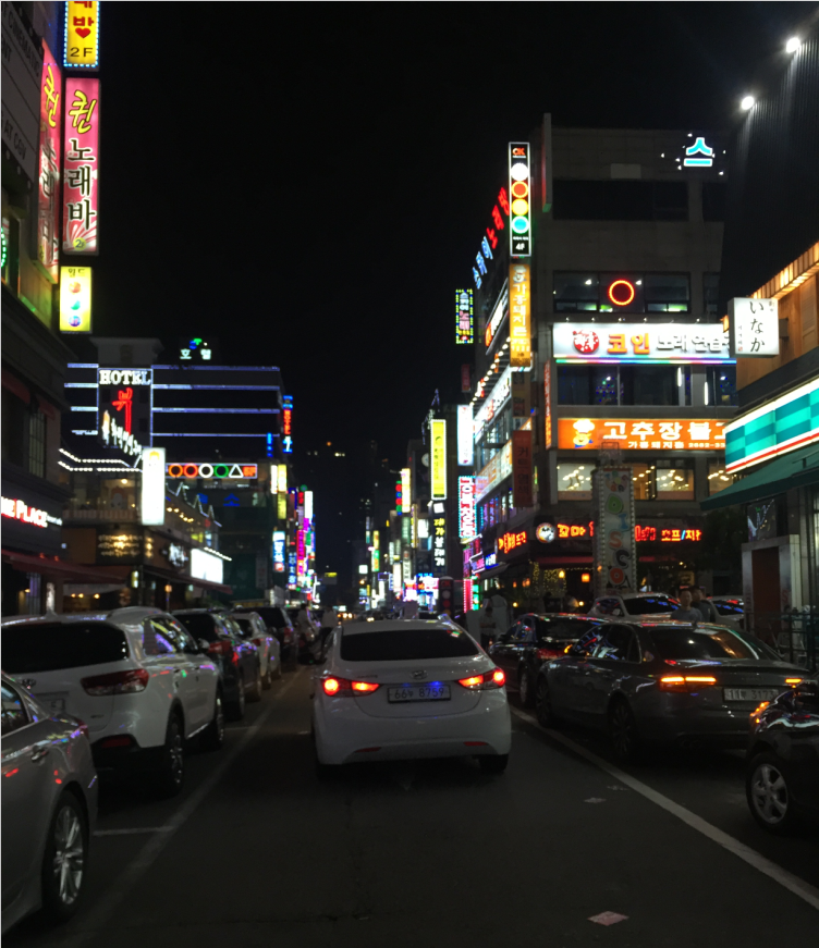 街头夜景.png