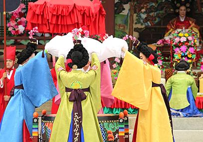 韩国民俗村+水原华城文化节一日游