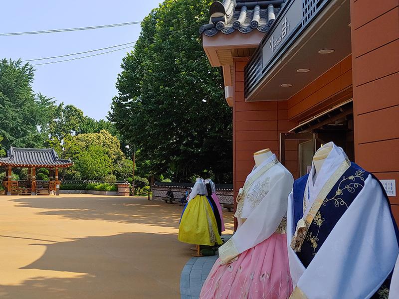 釜山Hanboknam韩服租赁_韩服租赁_在线预订-韩游网