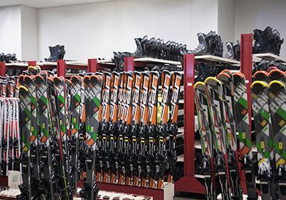 韩国伊利希安江村滑雪场_江原道滑雪私家包车一日游在线预订-韩游网