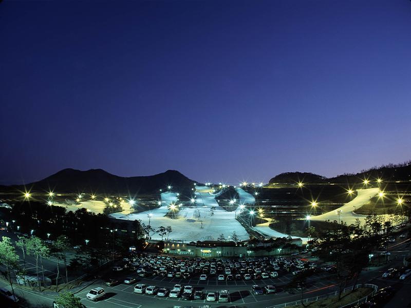 韩国芝山森林滑雪场_韩国滑雪攻略_韩国滑雪旅游_自助游_韩游网