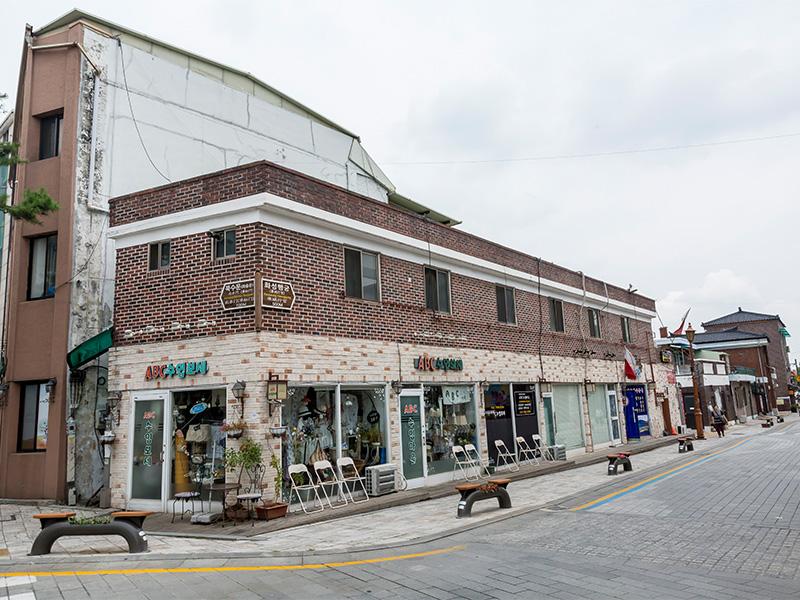 《大长今》拍摄地-传统行宫与现代市场_韩游网在线预订