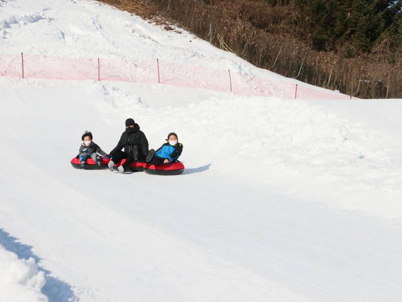 韩国伊利希安江村滑雪场_韩国江原道滑雪场在线预订_多少钱_怎么去_私教价格-韩游网