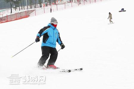 滑雪场.jpg