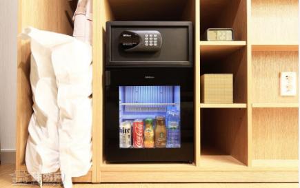 小冰箱.png