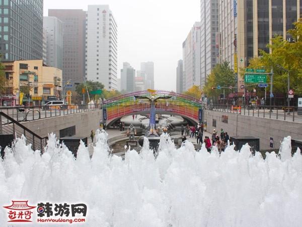 清溪川广场.jpg
