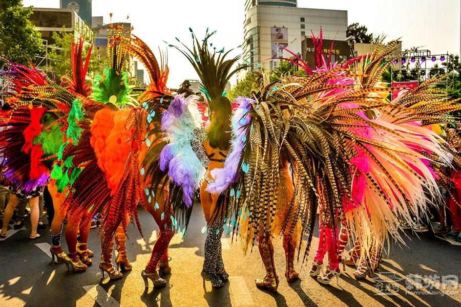 강대학- 축제의여운.jpg
