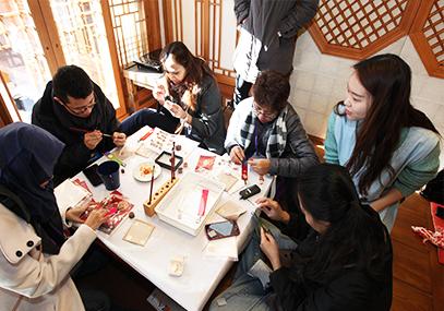 北村韩屋金箔工房制作体验_韩国景点_韩游网