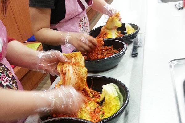 首尔泡菜文化体验_韩国景点_韩游网