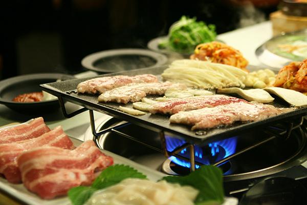 八色烤肉(新村2号店)_韩国美食_韩游网